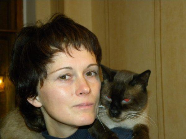 Хатха-йога для начинающих в СПб, инструктор
