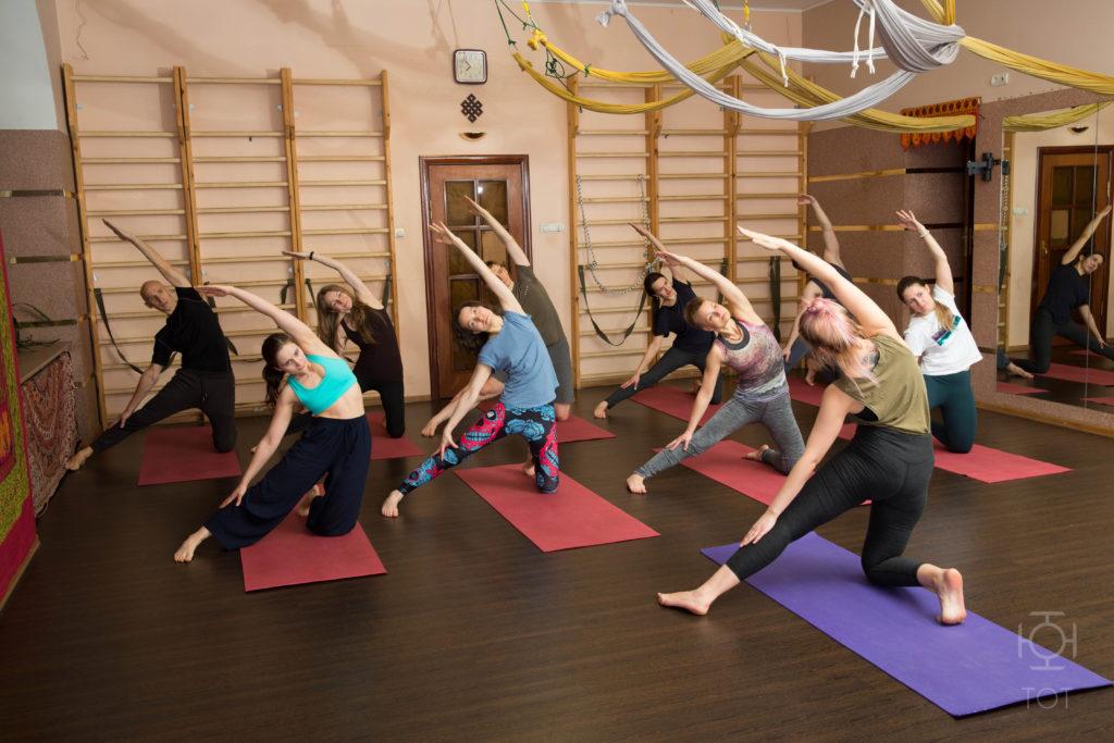 Универсальная йога с Лерой Борисевич