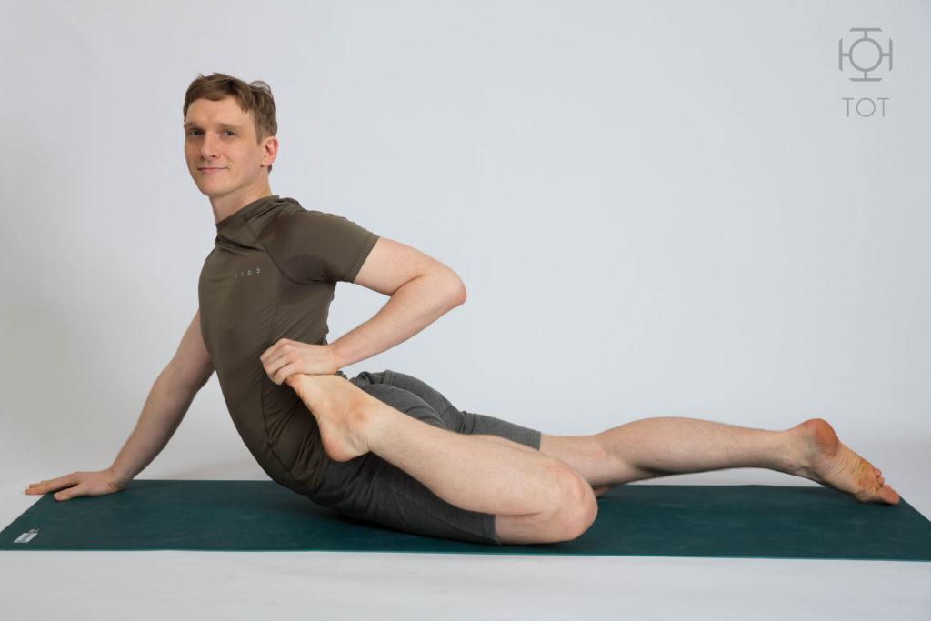 Максим Лыков преподаватель йоги Петербург