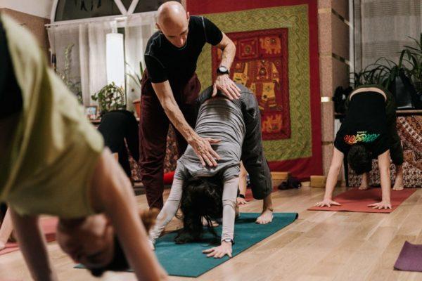 Йога с нуля с Антоном Лисицким