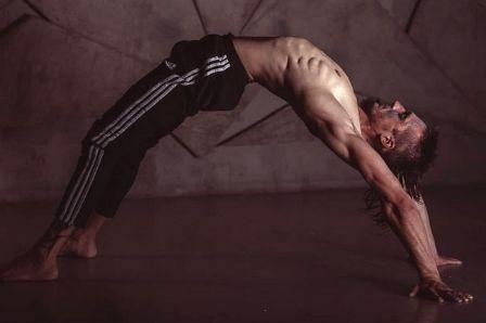 йога с Валерием Бражниковым
